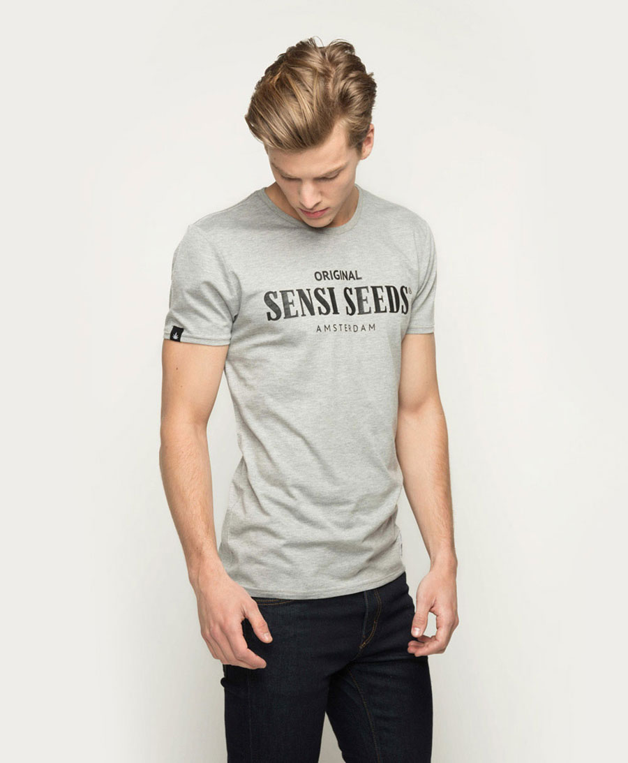 Loosen up in the Sensi Seeds Original Sports T-Shirt